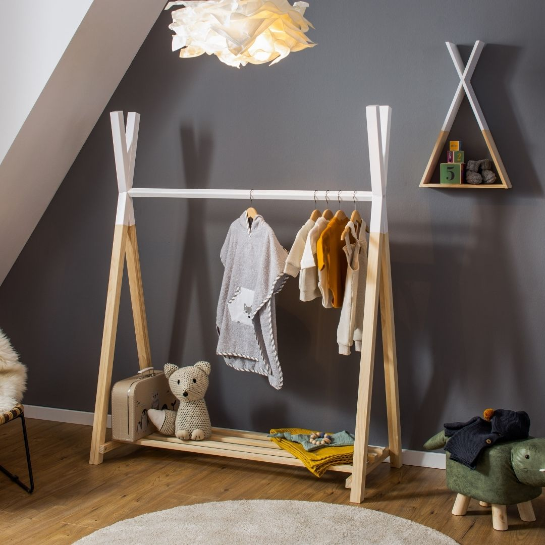 Kleiderstange und Wandregal Hugo im Tipi-Design, natur/ weiß, 115x50x142 cm