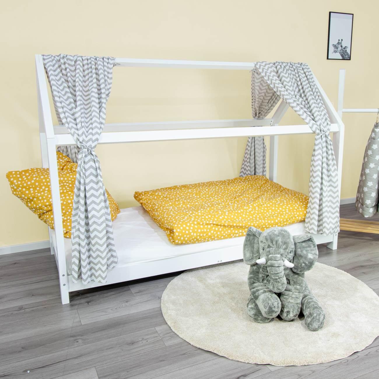 House bed curtain Svea, chevron withe, 146 x 298 cm